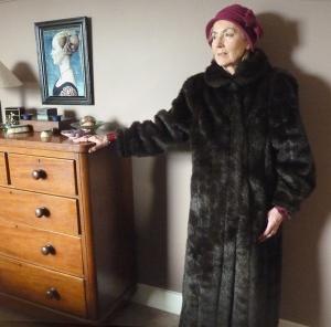 fur-coat-web