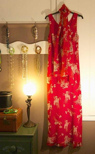 Long-red-dress-web