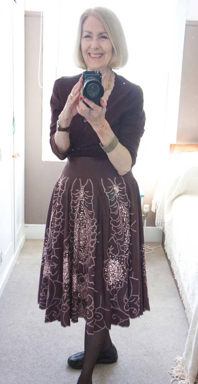 brown-glitter-skirt-1-web